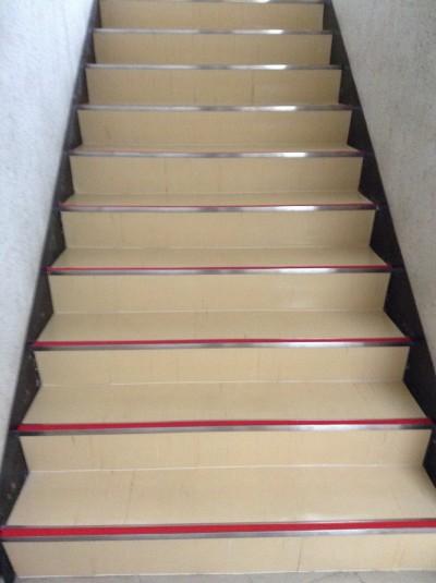階段ワックス