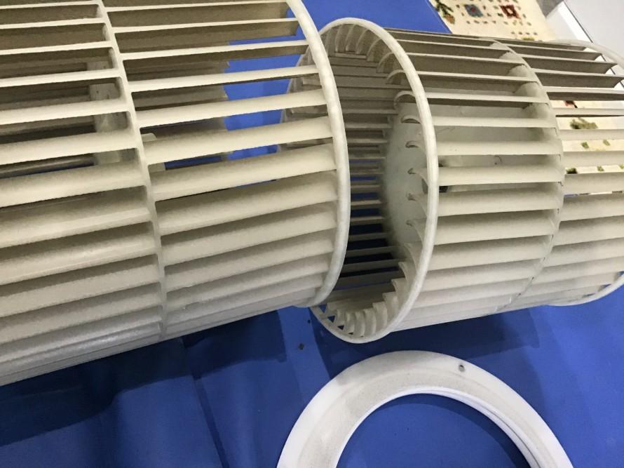ダイキン天井埋め込みエアコンクリーニング