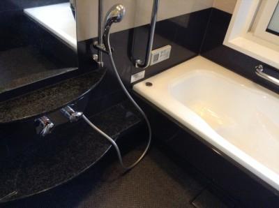 浴室セラミック