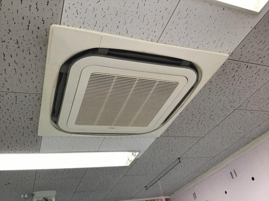 ダイキン製業務用エアコンクリーニング