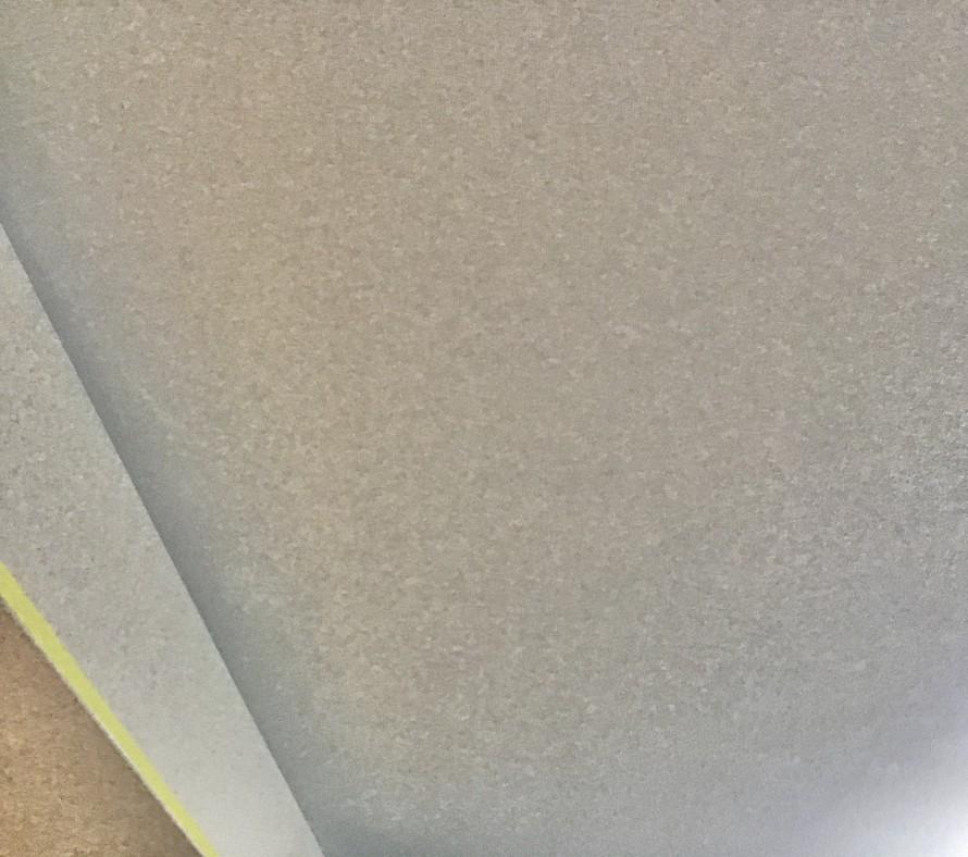壁紙クロスの染色